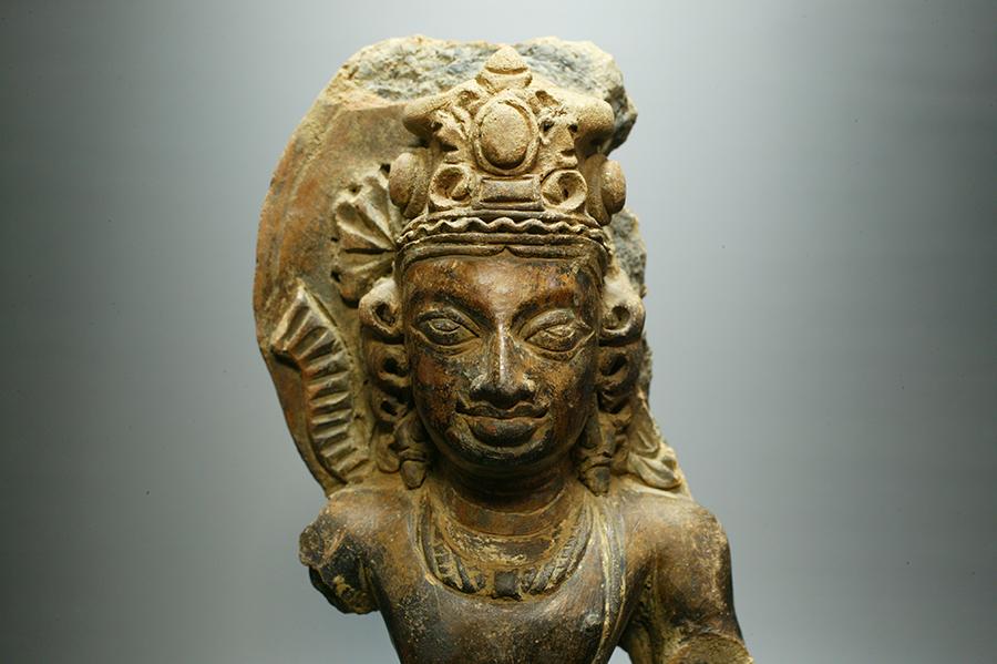 アンティーク テラコッタ製 ビシュヌ神胸像 (年代判定済)