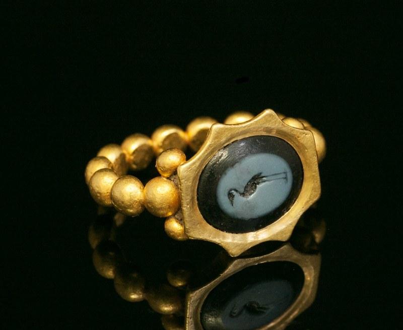 アンティークジュエリー antique jewellery 古代美術 古代ローマ3世紀 オールオリジナルリング インタリオ「鶴」