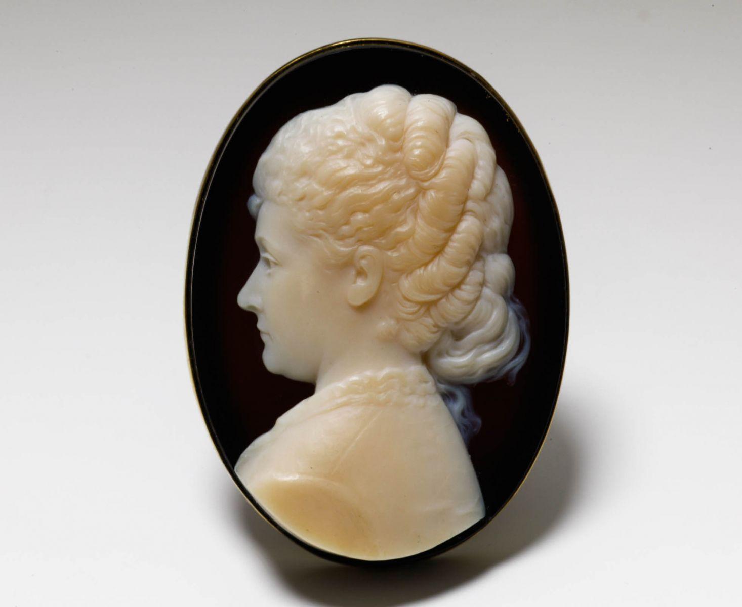 アンティークジュエリー ペンダント ネックレス ギリシャ公女 マリー・ボナパルトのカメオ